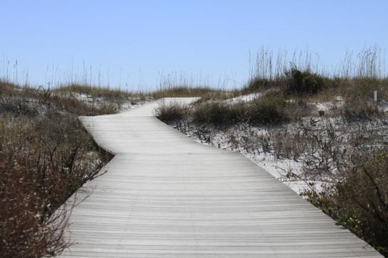 boardwalk-to-beach-ft-pickens