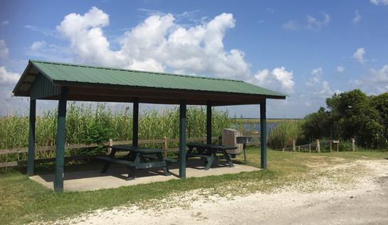 Simpson River picnic pavilion