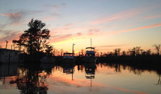 sunset-boats